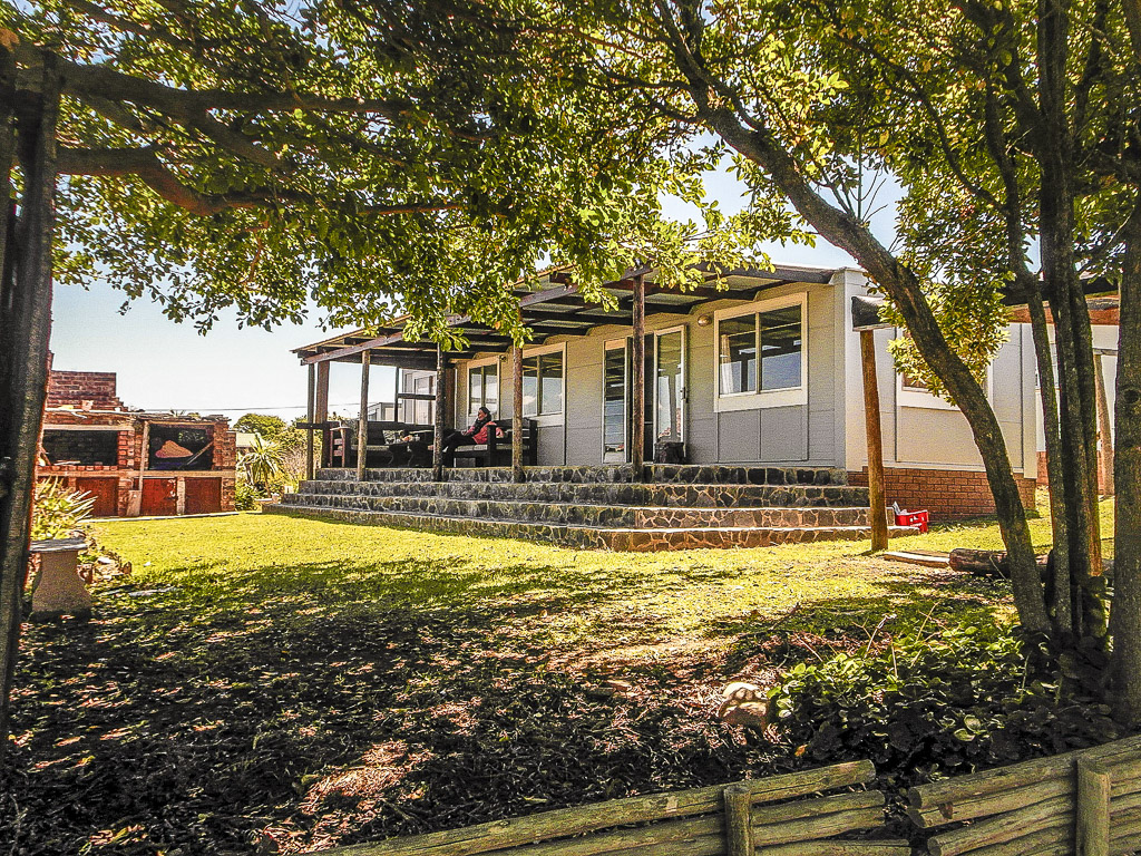 Jeffreys Bay Self Catering Cottage